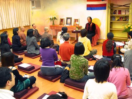 2008年阿闍黎Arawana Hayashi在在台北教授「東方大日」研習營